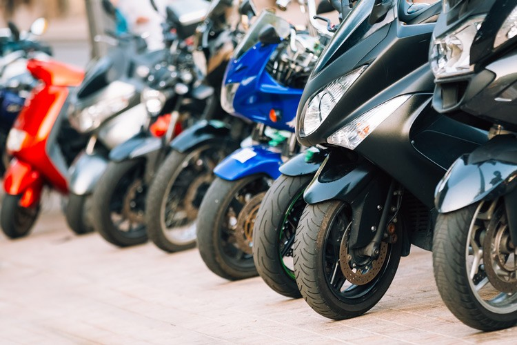 Mopedversicherung, Versicherung Moped, Versicherung Moped Klasse A, Versicherung Moped Klasse B, Rechtsschutzversicherung, Kosten Versicherung, Versicherung Moped 50 cc
